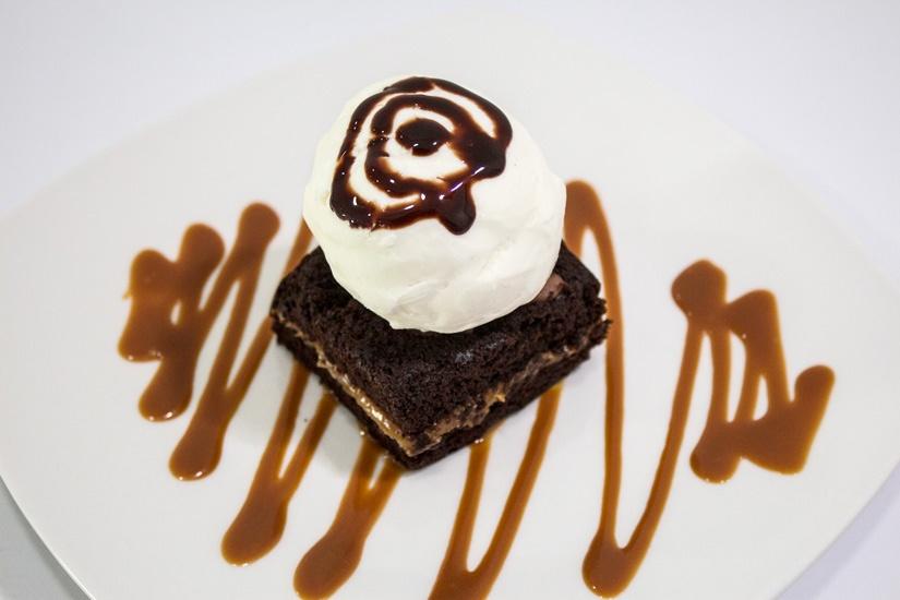 Helado Brownie con Helado Full - Frutería y Heladería Dinays