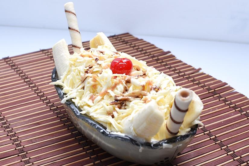 Helado banana split con queso - dinays heladeria y fruteria en cali - Full